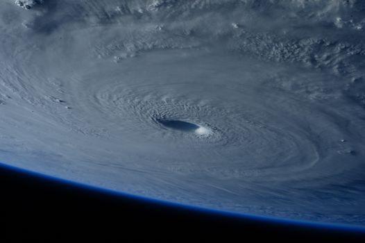 Спутник Торнадо