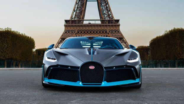Photo free front view, France Paris, Bugatti Divo