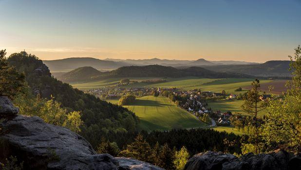 Фото бесплатно холм, скалы, деревня