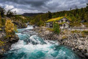 Бесплатные фото Оппланд,Норвегия,река,горы,осень,камни,домик