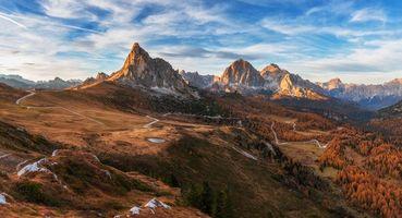 Бесплатные фото Италия, доломиты, горы, холмы, небо, дорога, деревья