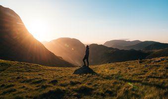 Заставки приключение, в одиночестве, рассвет, дневной свет, смеркаться, вечер, поле