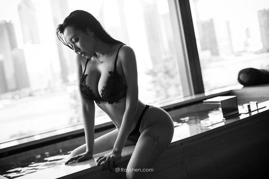 Photo free black lingerie, wet body, wet hair