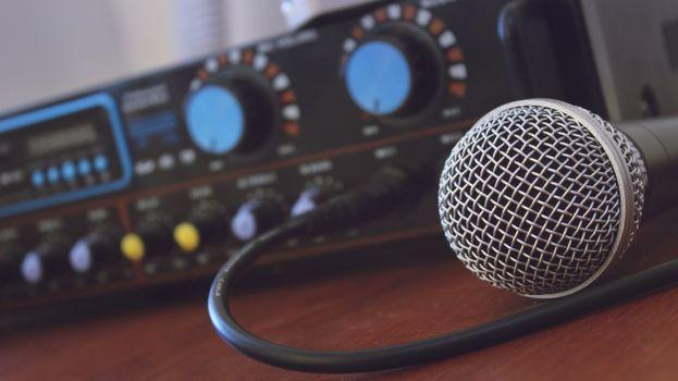 Photo free equipment, microphone, switch
