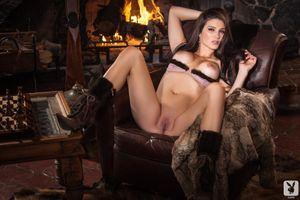 Бесплатные фото Cora Banks,модель,красотка,голая,голая девушка,обнаженная девушка,позы