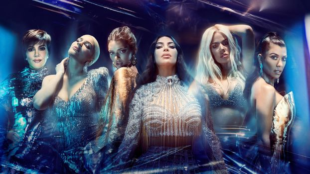Фото бесплатно Kendall Jenner, Kylie Jenner, Kim Kardashian