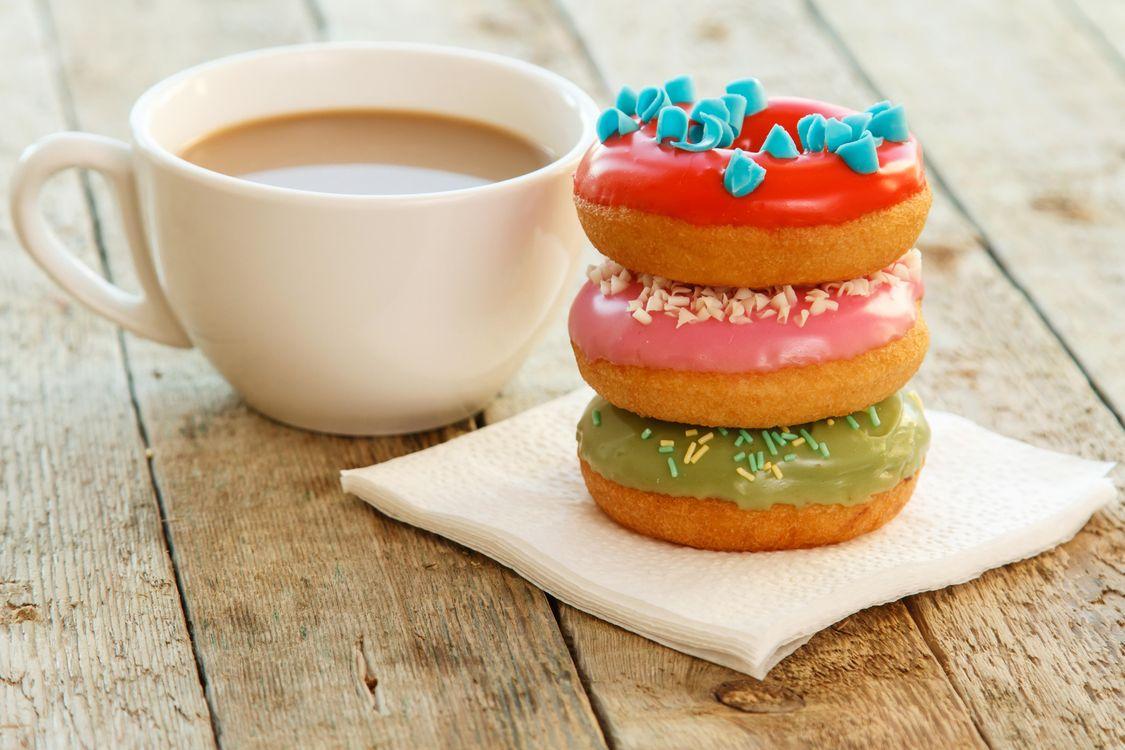 Фото бесплатно кофе, пончики, выпечка, еда