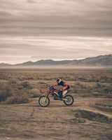 Photo free Motorcyclist, motorcycling, sand