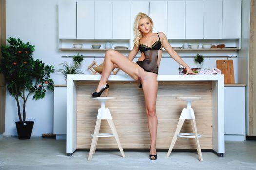 Фото бесплатно Nika N, красотка, голая, голая девушка, обнаженная девушка, позы, поза, сексуальная девушка, эротика