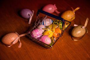 Фото бесплатно яйца, пасхальные яйца, лента