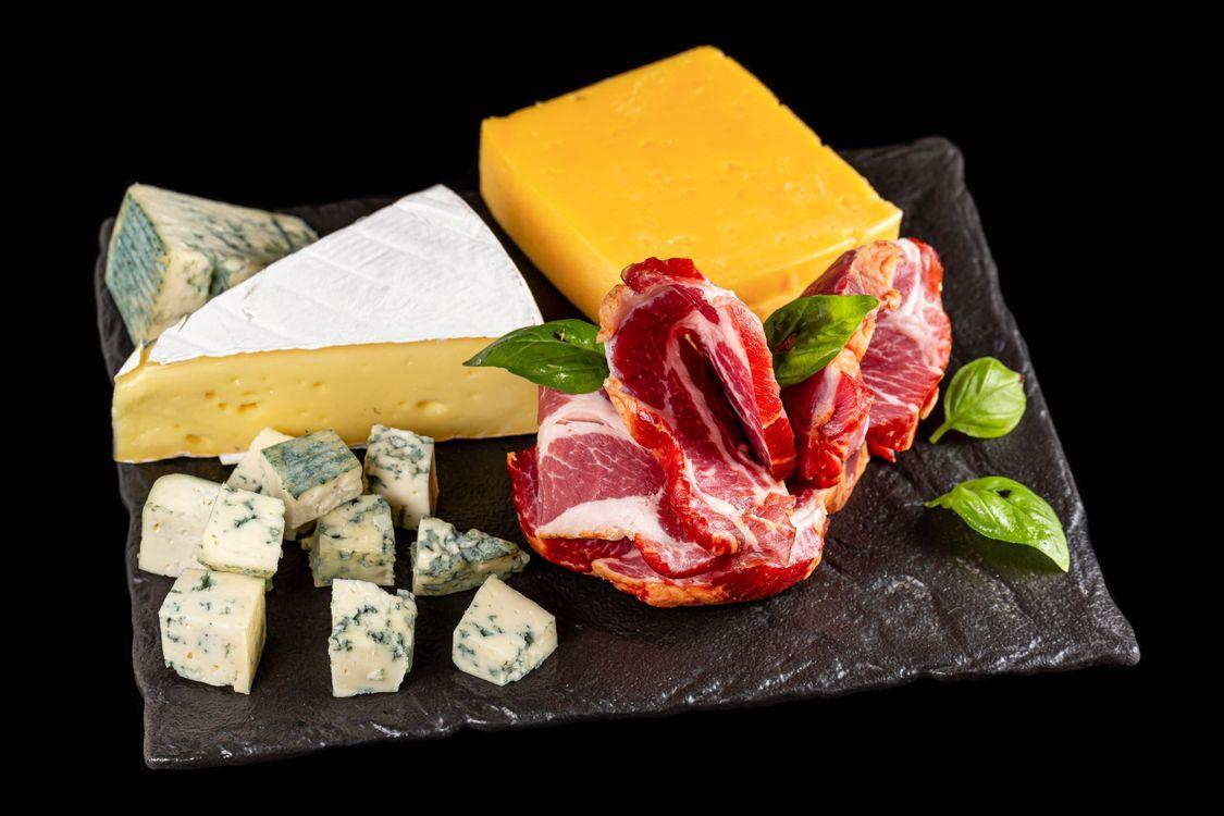 Фото еда сыр разделорезая доска - бесплатные картинки на Fonwall