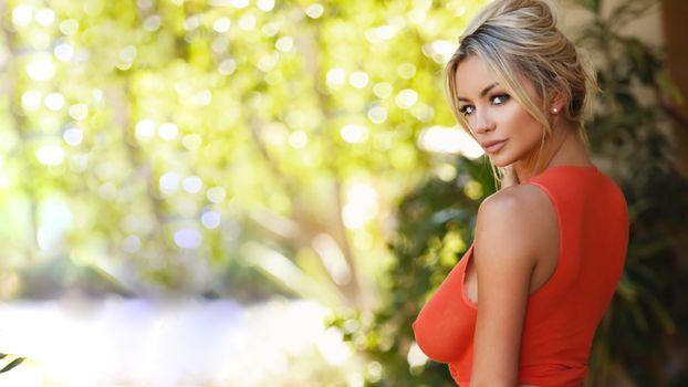 Бесплатные фото lindsey pelas,женщины,модель,блондинка,на открытом воздухе