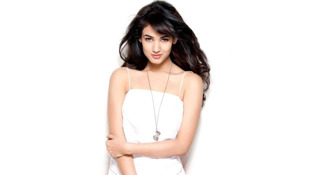 Photo free Sonal Chauhan, indian celebrities, girls