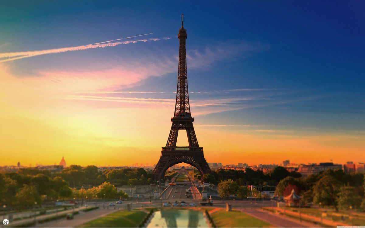 Фото бесплатно Эйфелева башня, закат солнца, парк, люди, город