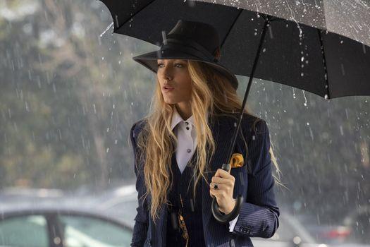 Photo free Blake Lively, rain, umbrella
