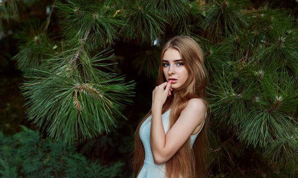 Фото бесплатно женщины, портрет, длинные волосы