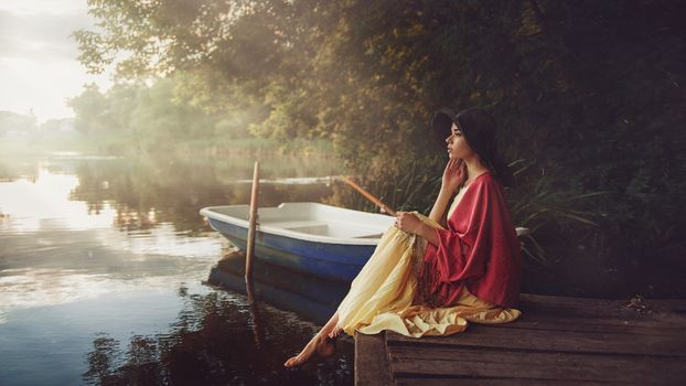 Photo free model, women, lake