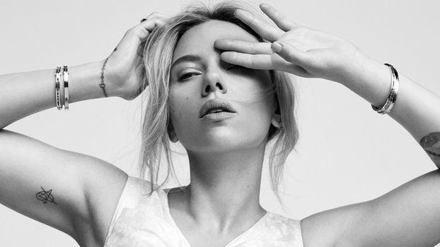Photo free Scarlett Johansson, actress, blonde