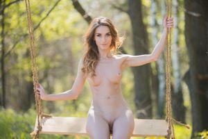 Бесплатные фото Cara Mell, красотка, голая, голая девушка, обнаженная девушка, позы, поза