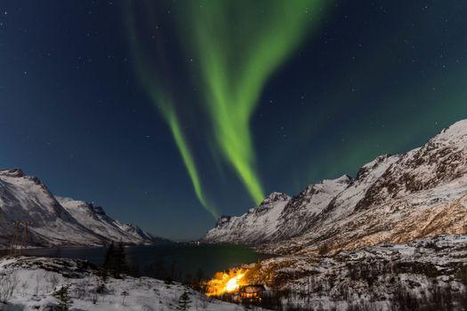Photo free ridge, northern lights, night