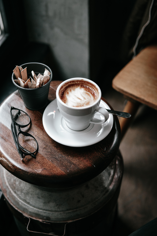 Картинки чашки с кофе на столе, мешок