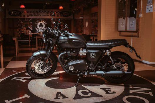 Photo free motorcycle, Triumph Bonneville T120 Ace, side view